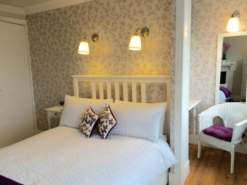Stylishly decorated double bedroom - alternative view