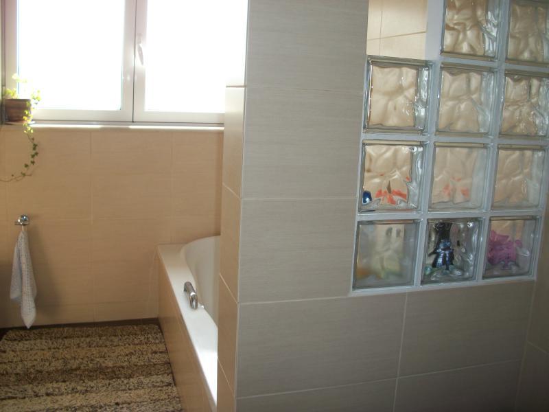 bathroom(3)
