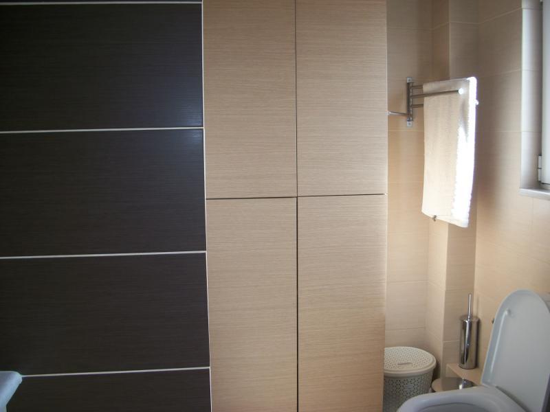 bathroom(4)