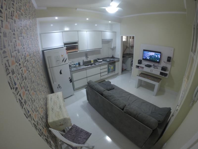 COPACABANA POSTO 4 - QUADRA DA PRAIA - COPA BEACH HOME, alquiler de vacaciones en Río de Janeiro