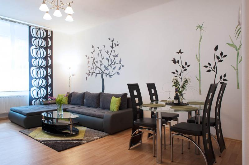 Lovely, beautiful, centric apartment Prague, location de vacances à Pysely