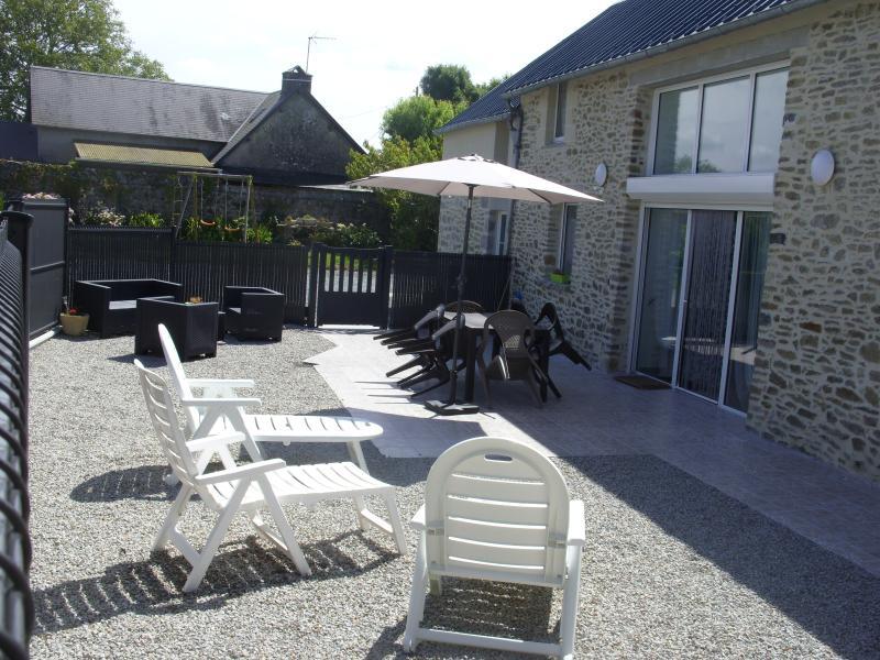 Gîte spacieux, adapté aux personnes handicapées, location de vacances à Quettreville-sur-Sienne