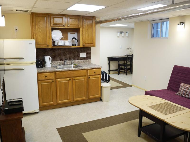 Brand new Private, Affordable, just 20 min to NYC!, alquiler vacacional en Forest Hills