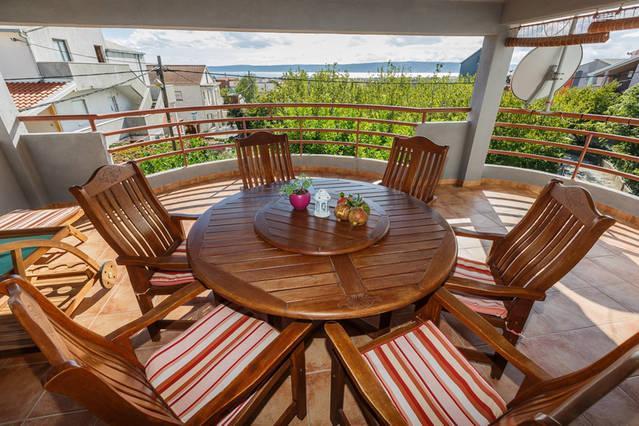 Apartment Vera, alquiler de vacaciones en Kastel Stari