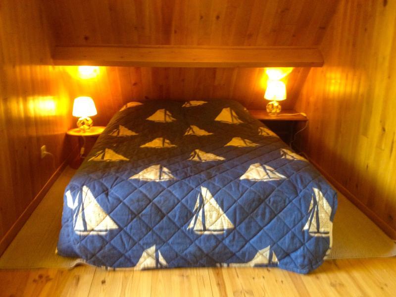 Chalet les lilas chambres, location de vacances à Poses