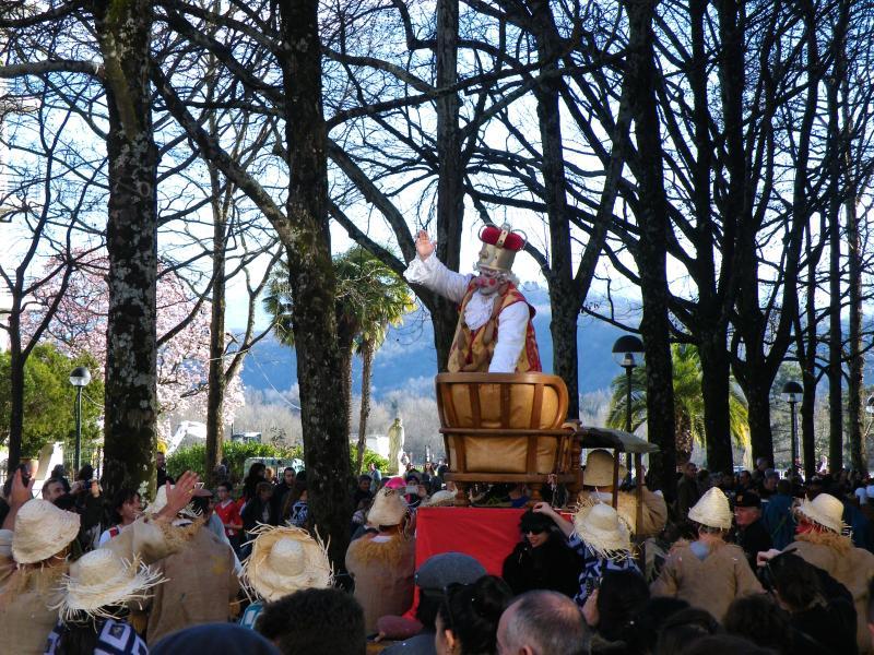 Lors du carnaval biarnès, Sent Pançard prend la ville!
