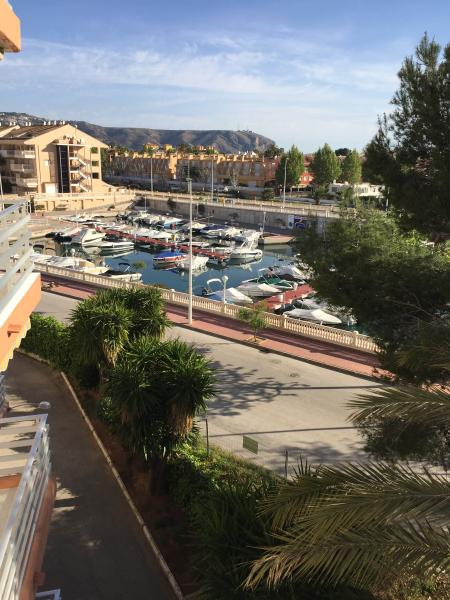2 Bedroom contemporary high specification apartment overlooking Nou La Fontana Marina on the Arenal