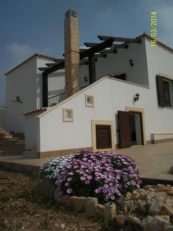 Panoramica esterna della villa