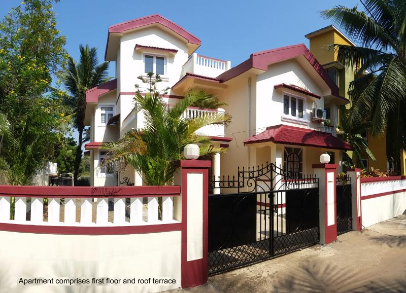 Quiet Luxury Apartment in Residential Area, holiday rental in Benaulim