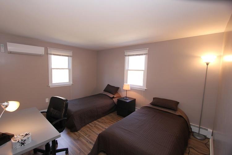 First Floor Bedroom w/ 2 Twins
