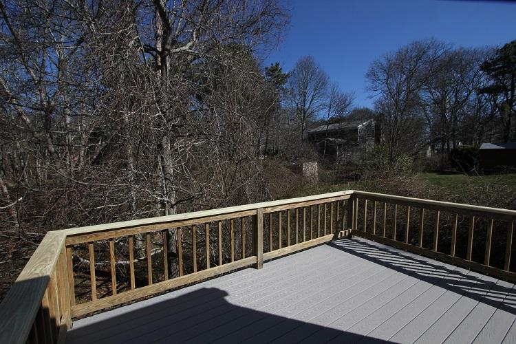 Back Deck: will have table and 6 chairs