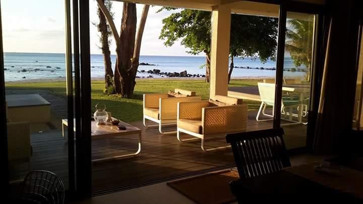 Ground floor Villa Beach Front, garden and pool, vacation rental in Mauritius