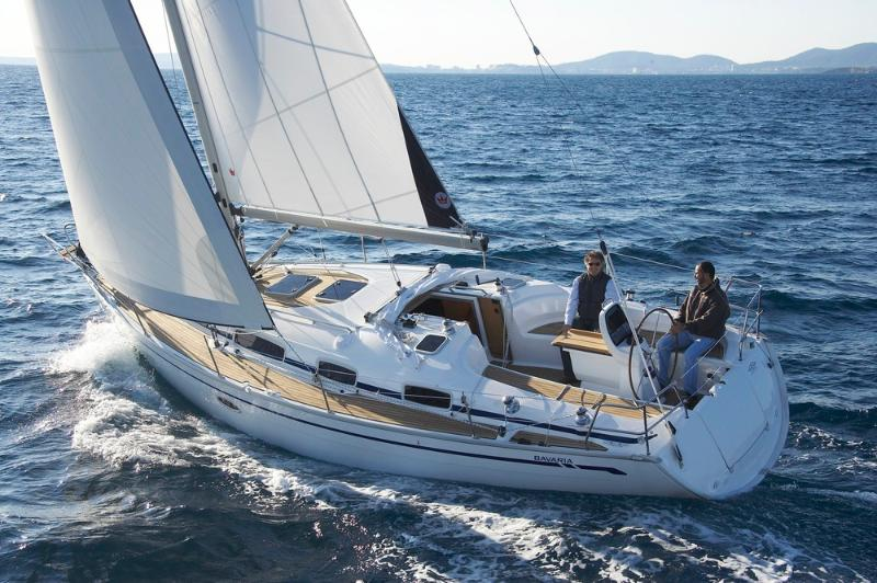 Bavaria 38 Yacht Charter, holiday rental in Portsmouth