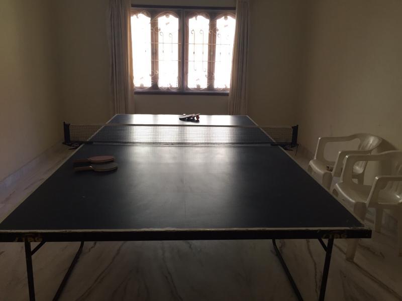 Mesa de ping pong y de fitness / dormitorio adicional