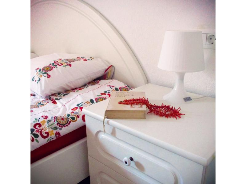 1. Bedroom, king-size bed, decorations
