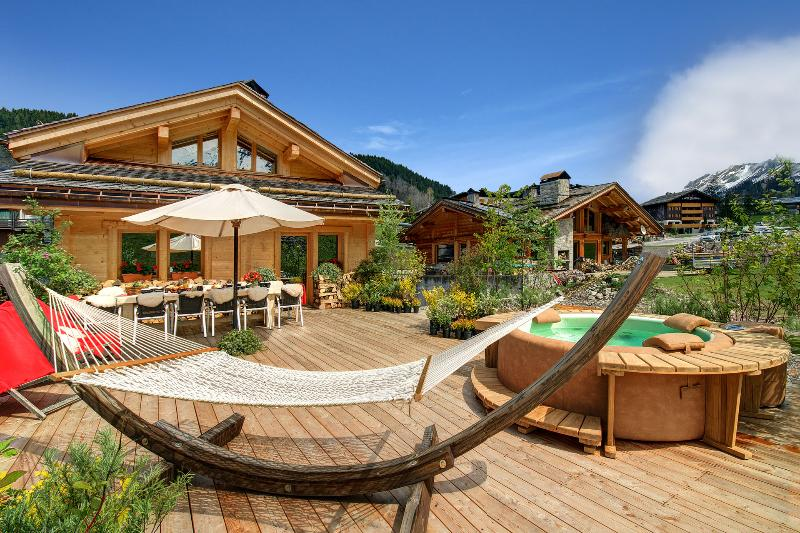 Chalet Hôtel Inarpa & Resort, vacation rental in La Clusaz