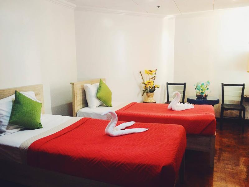 Filstar Guesthouse Tambo-Paranaque, holiday rental in Cavite City