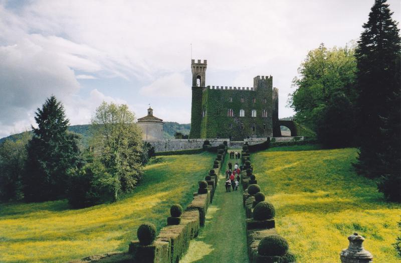 Nearby: Castello di Celsa, worth a visit!