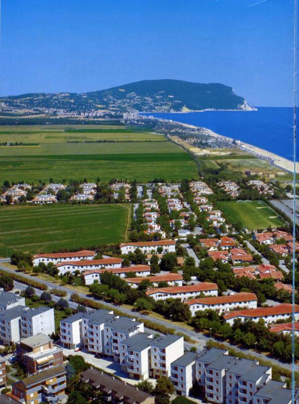 Vista del M.te Conero dal Villaggio