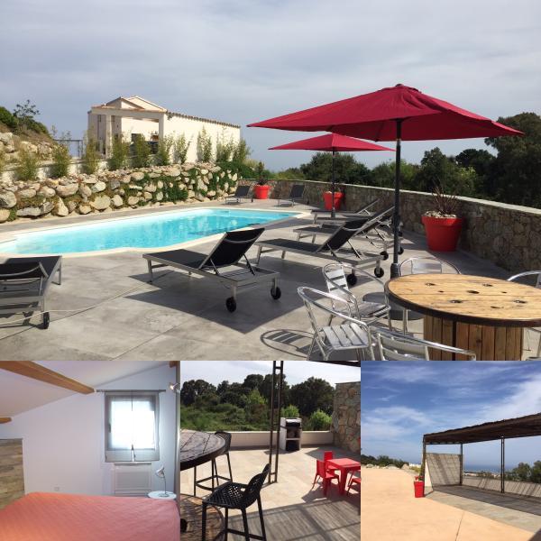 vue de la piscine commune, la terrasse une chambre du T4