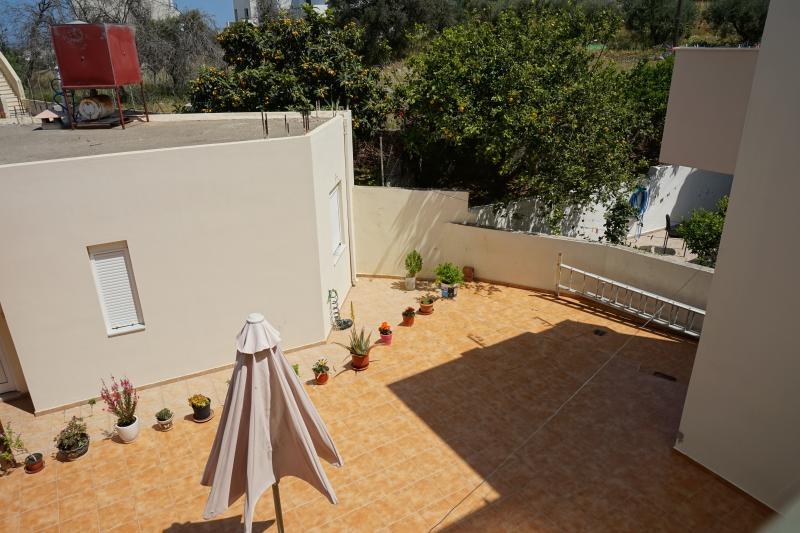 Maria Apts - Jocasta Apartment, holiday rental in Prina