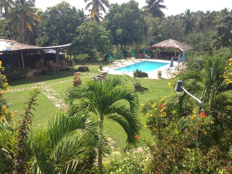 Hacienda de la Bahia Villa de 5 habitaciones, vacation rental in Santa Barbara de Samana