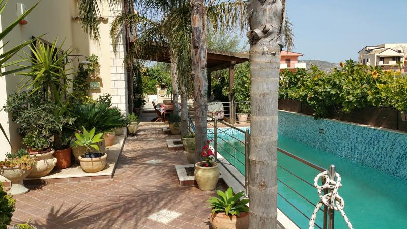 Villa Mosè, pool, garden, parking, holiday rental in Agrigento