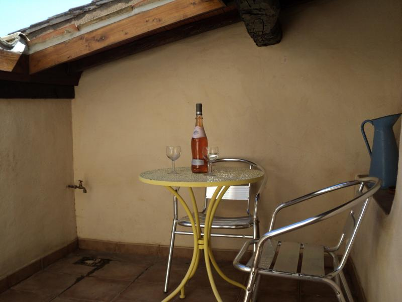 Private Roof Terrace - Perfect for l'Apero!