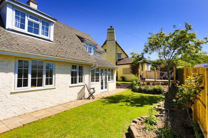 CROYDE HALLGREIN | 4 Bedrooms, holiday rental in Braunton