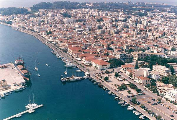 the port of the city