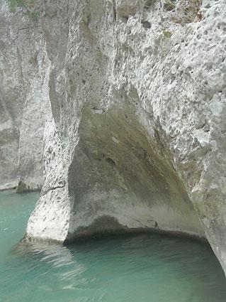 river Axeron