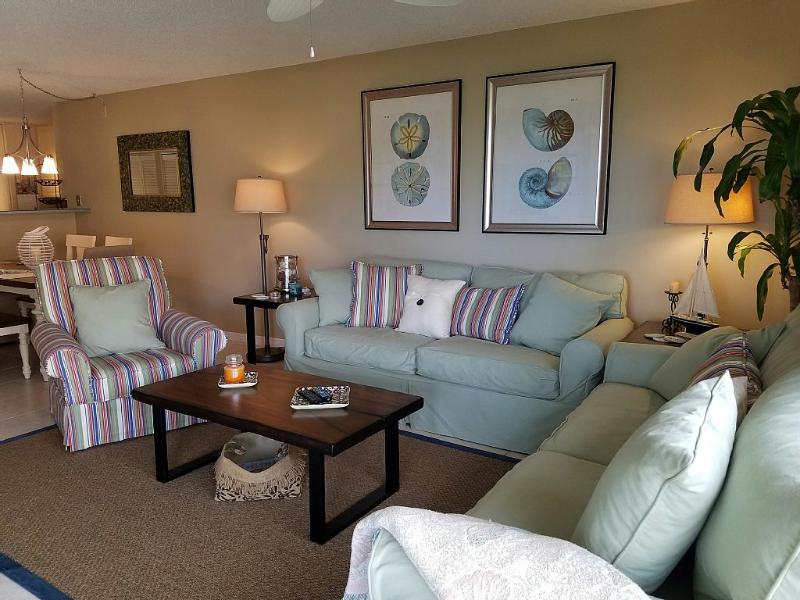 Welcome to newly renovated and furnished spectacular Oceanview condo. Our 'home away from home'