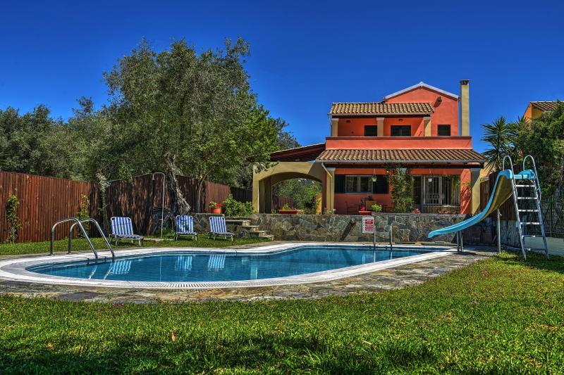 Villa Andrew Swimming Pool & Garden