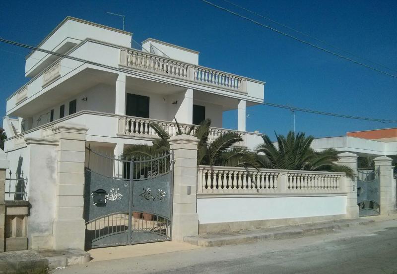 Dimora Liccisa Appartamento - Torre Lapillo - Porto Cesareo, holiday rental in Torre Lapillo