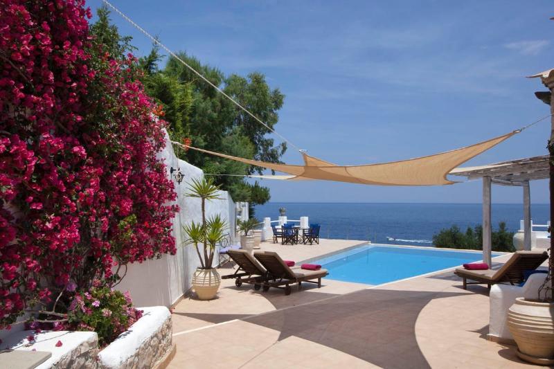 The Tramontana pool.