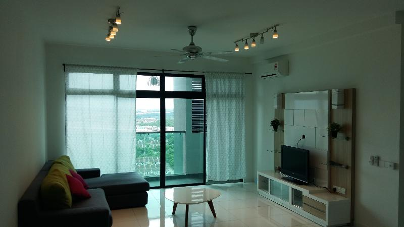 Cosy Apartment at Bukit Indah (Next to Aeon Mall), vacation rental in Johor Bahru