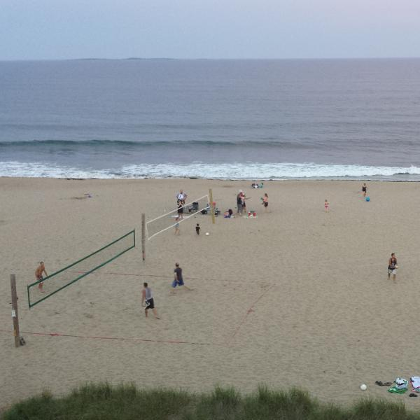 beach volleyball right outside