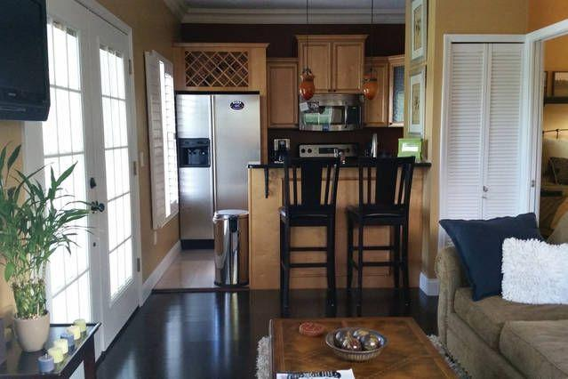 Beautiful Garage Apartment Just North Of Downtown, holiday rental in Maitland
