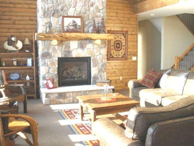 Livingroom Fireplace.