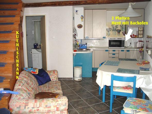 Stonehouse studio- 2 flat 75m2, holiday rental in Susak