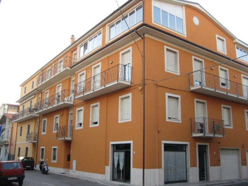 Via Tevere 23 - Appartamento Vacanza, holiday rental in Stella di Monsampolo