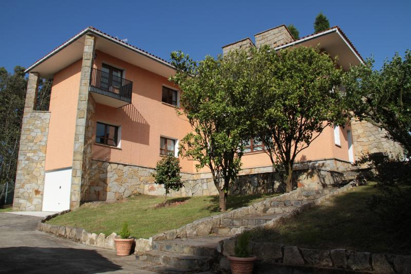 Apartamento La Braña 2 personas., casa vacanza a Naveces