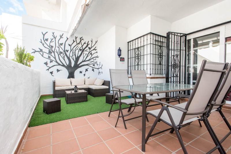 Mesa en la terraza para comer