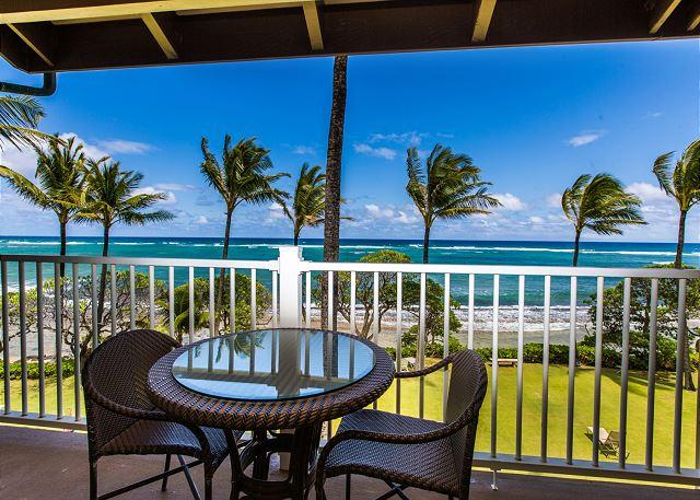 Oceanfront Lanai with Outdoor Sitting