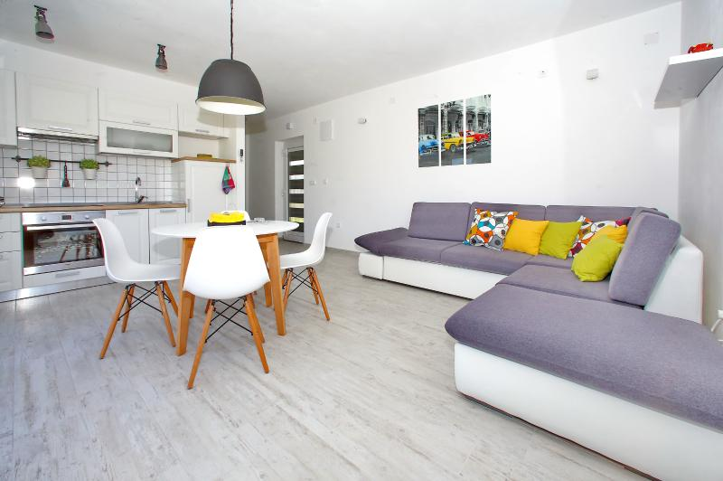 Apartments Šime, holiday rental in Bibinje