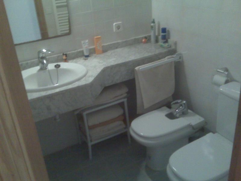 Bathroom 2 (with bathtub and shower).