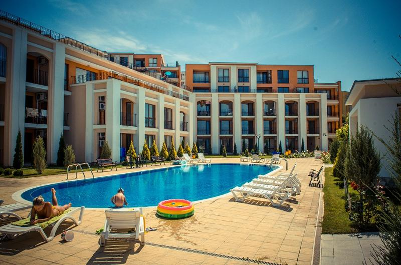 Visit Sunny Beach Sea Resort 1-bedroom aparts, alquiler vacacional en Elenite