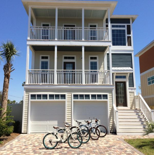 4 beach cruisers are included with this beautiful 5 bedroom Miramar beach home.