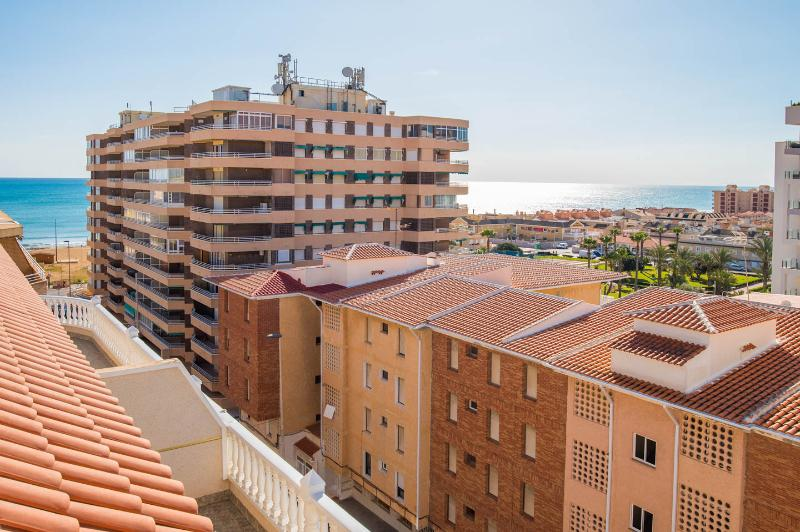 2 bedroom apartment in La Mata, holiday rental in La Mata