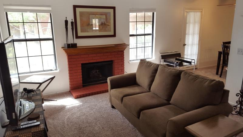 Lots of natural sunlight in this comfy condo. A spacious 1,058sf assures your comfort.